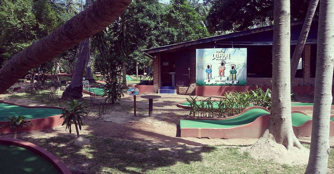 wyspa Koh Tao mini golf i kino