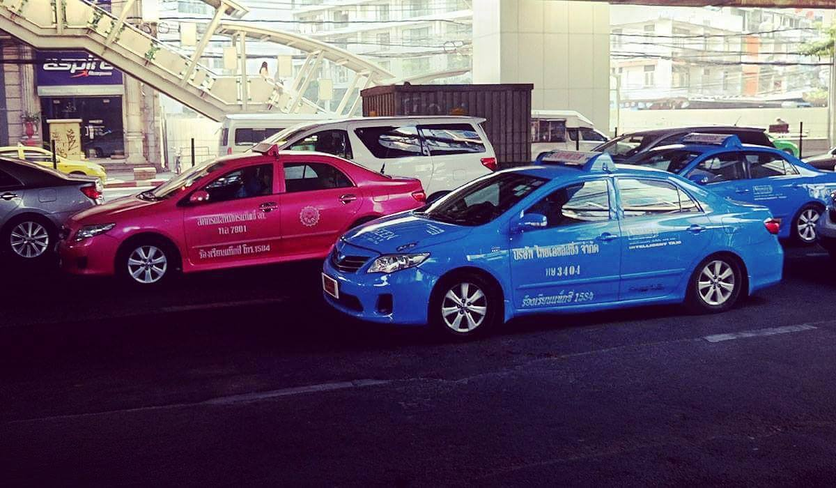 ceny taksówek uber grab taxi w bangkoku jak jezdzic transport
