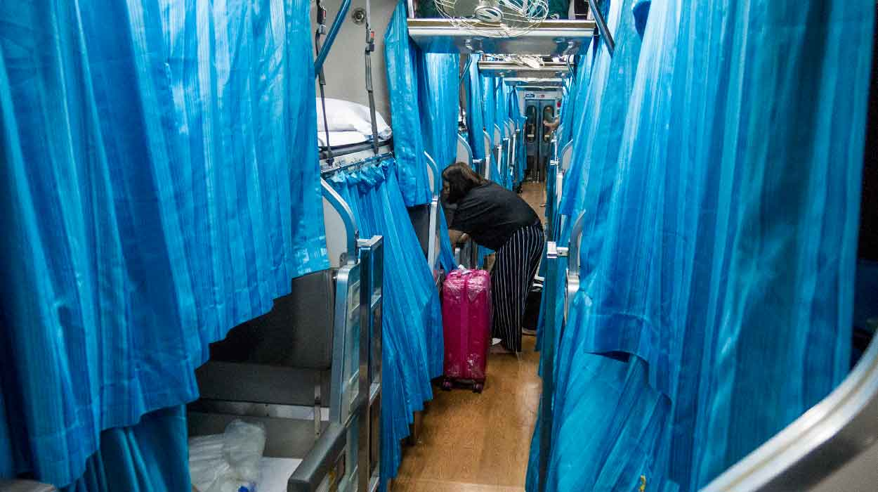 tajlandia przewodnik na pierwszy raz bedeker 2 posiag bangkok surat thani sypialny transport tajlandia
