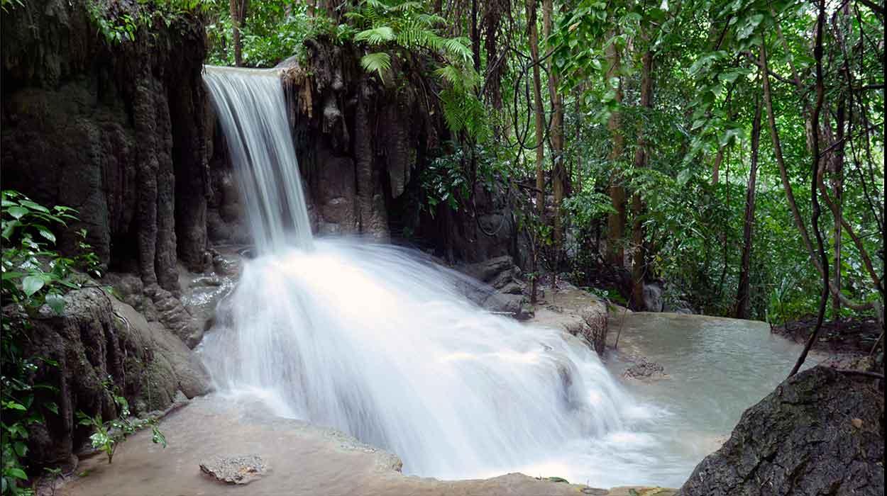 tajlandia przewodnik na pierwszy raz bedeker 2 przewodnik erawan tajlandia wodospady wycieczka park narodowy