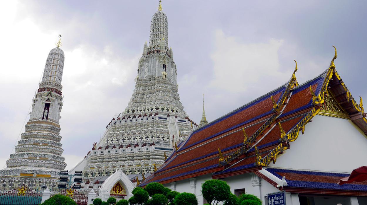 bedeker bangkok wat arun zwiedzanie atrakcje zabytki