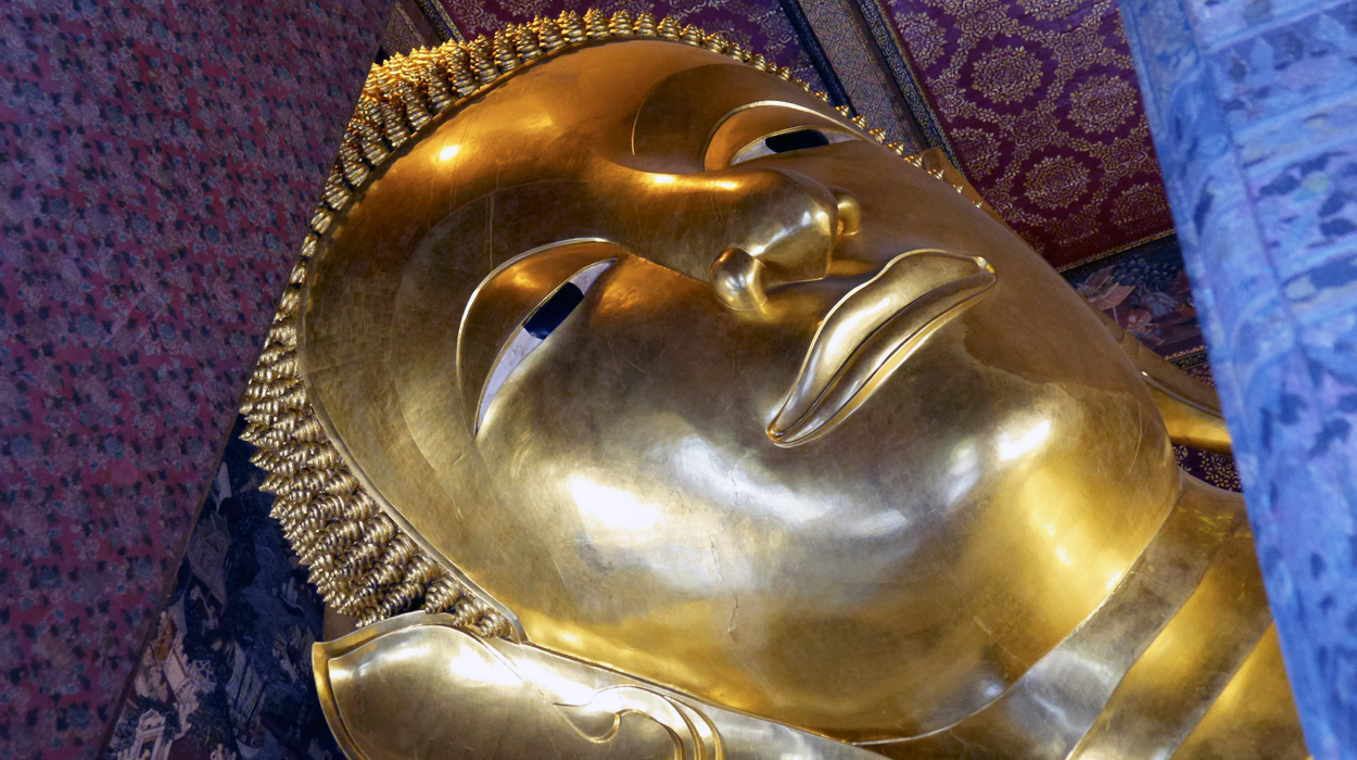 bedeker lezacy budda bangkok zabytki wycieczka