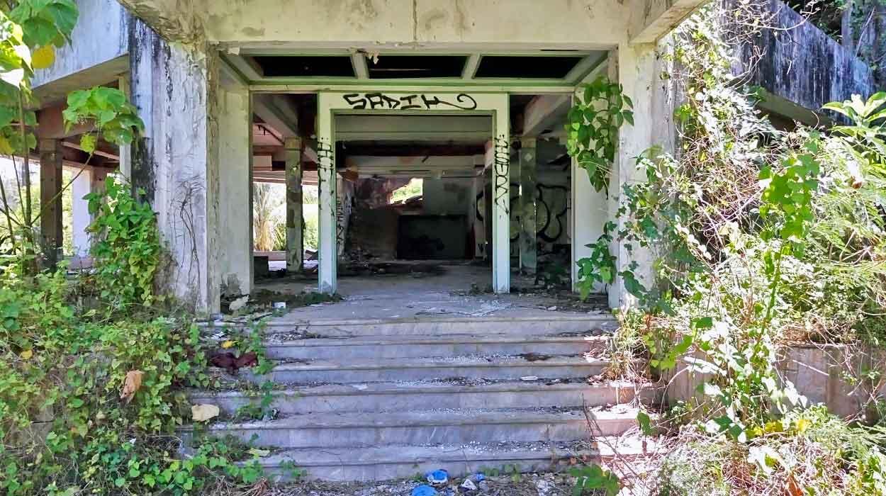 phuket opuszczony hotel atrakcje turystyczne puket