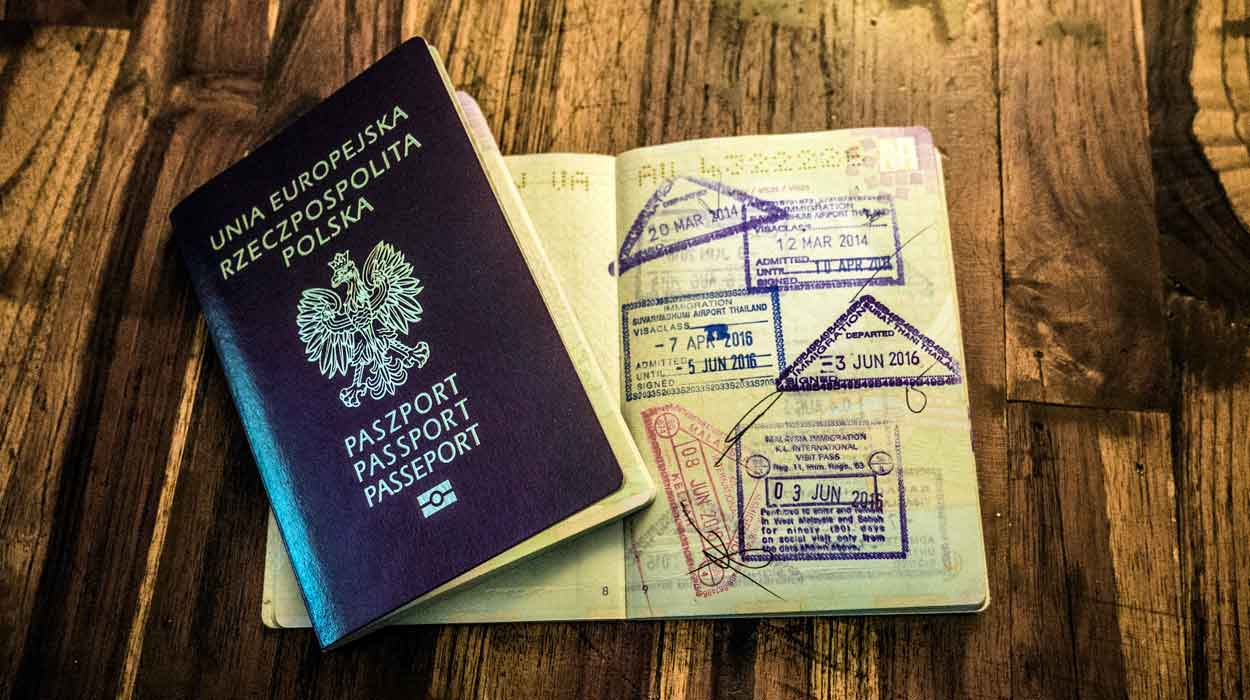 polski paszport pieczatki zobacz cena schengen