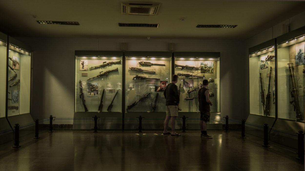 wojna wietnamska uzbrojenie vietcong tunele muzeum