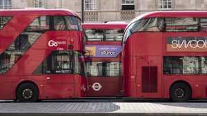 londyn autobusy transport publiczny