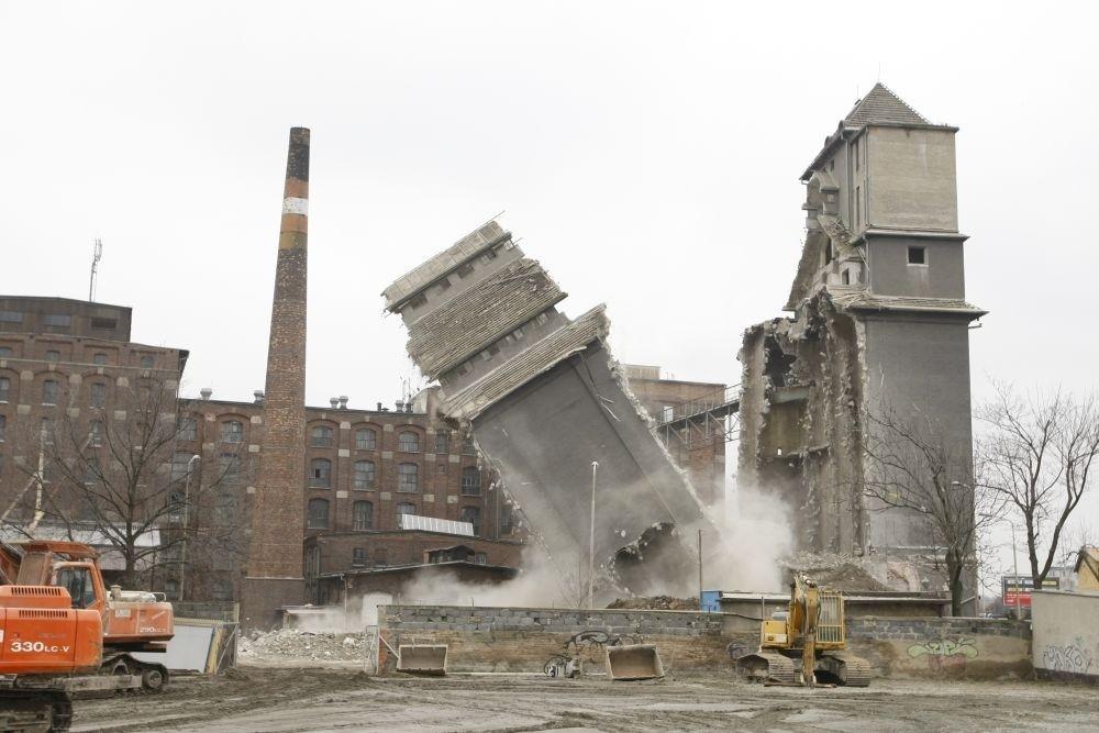 Co zobaczyć we Wrocławiu młyn sułkowice wyburzenie