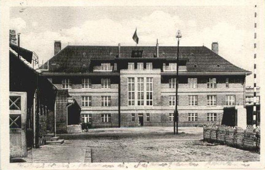 opuszczony-wrocław-szkoła-szpiegów-3
